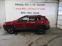 New 2020 Jeep Cherokee ALTITUDE 4X4 Sport Utility Albany MN