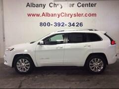New 2018 Jeep Cherokee Overland 4x4 SUV S8055 Albany MN