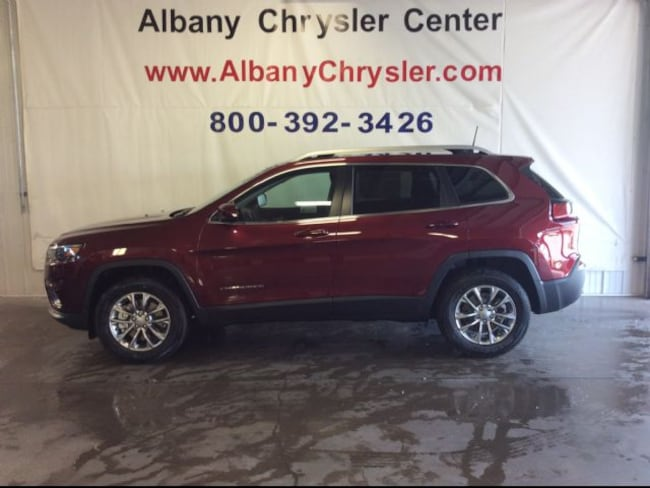 New 2019 Jeep Cherokee LATITUDE PLUS 4X4 Sport Utility in Albany, MN