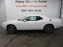 New 2019 Dodge Challenger SXT AWD Coupe Albany MN