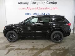 New 2019 Jeep Grand Cherokee ALTITUDE 4X4 Sport Utility Albany MN