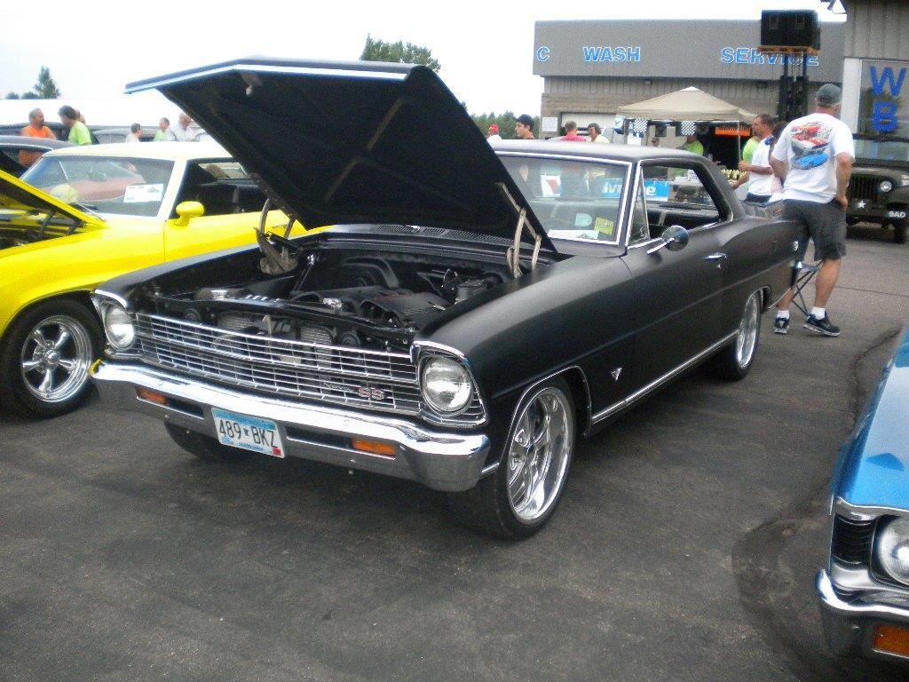 Albany Chrysler Car Show