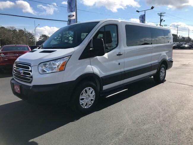 2016 Ford Transit Wagon Low Roof XLT 12 Passenger Van