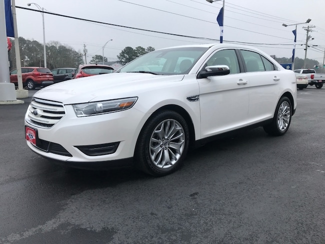 2017 Ford Taurus Limited FWD Car