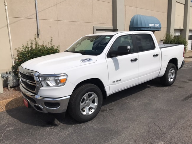 New 2019 Ram 1500 TRADESMAN CREW CAB 4X2 5'7 BOX Crew Cab for sale in Albertville, AL
