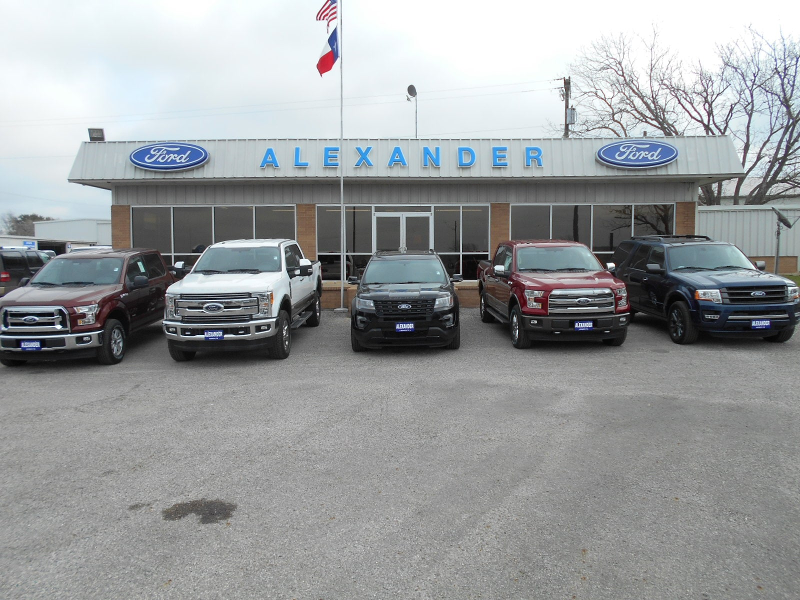 Alexander Ford | New Ford dealership in Kenedy, TX 78119 - photo#22