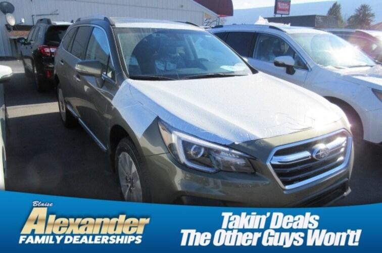 2019 Subaru Outback 3.6R Touring SUV 4S4BSETC4K3296417