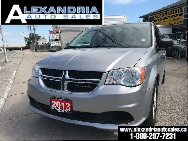 2013 Dodge Grand Caravan SXT/loaded/backup camera/very clean/safety include Minivan
