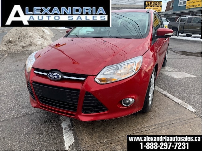 2012 Ford Focus SE/131km/5speed/clean/safety included Sedan