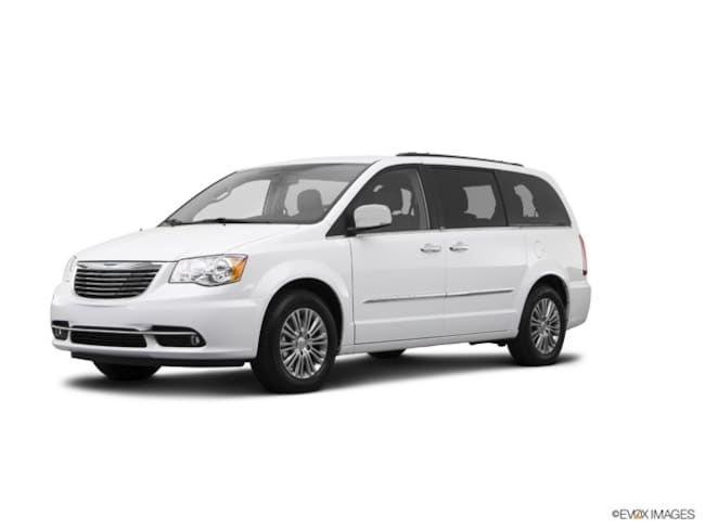 2015 Chrysler Town & Country Touring-L Van