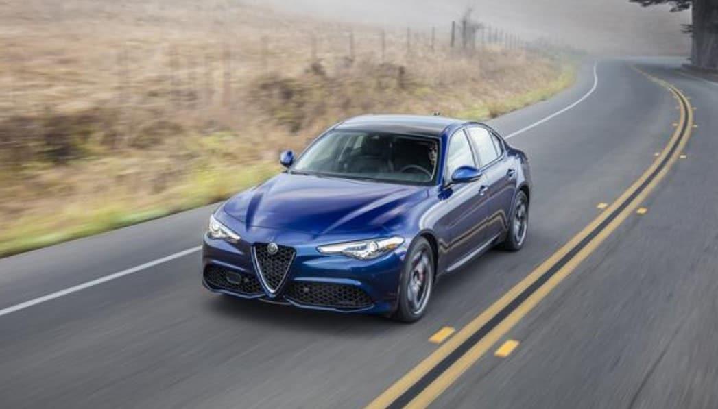2019 Alfa Romeo Giulia Front Blue Exterior