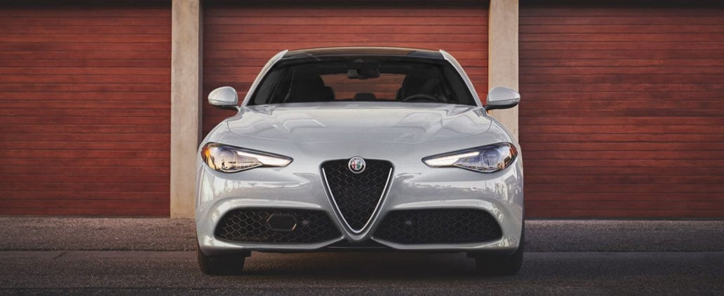 Alfa Romeo Giulia Front Grille View