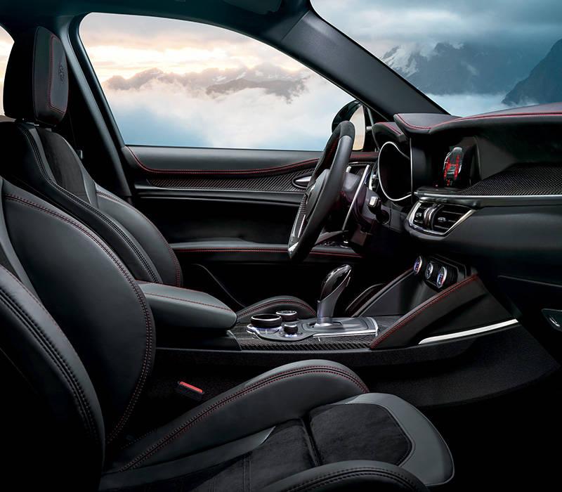Phoenix Alfa Romeo Stelvio