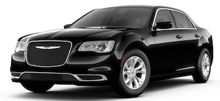 New 2019 Chrysler 300 TOURING Sedan San Angelo, TX