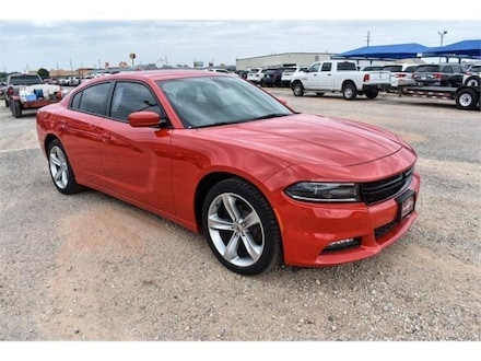 2018 Dodge Charger SXT PLUS RWD - LEATHER Sedan DYNAMIC_PREF_LABEL_SITEBUILDER_MANAGER_S_SPECIALS_1_INVENTORY_FEATURED2_ALTATTRIBUTEAFTER