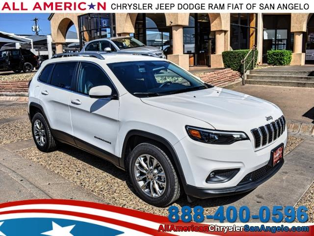 2019 Jeep Cherokee LATITUDE PLUS FWD Sport Utility DYNAMIC_PREF_LABEL_SITEBUILDER_MANAGER_S_SPECIALS_1_INVENTORY_FEATURED2_ALTATTRIBUTEAFTER
