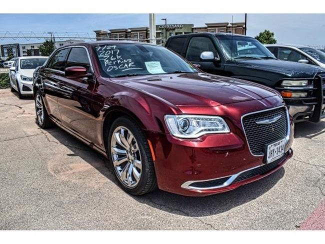 Certified Pre-Owned 2017 Chrysler 300 Limited Sedan San Angelo