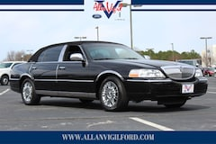 Used 2007 Lincoln Town Car Signature L Sedan