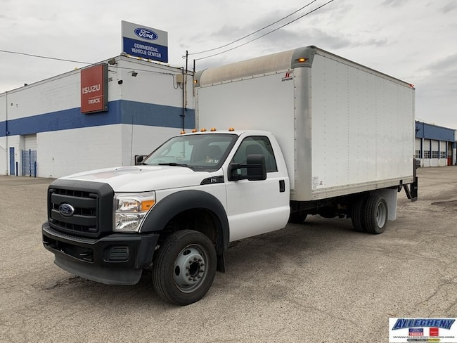 2013 Ford Super Duty F-550 DRW XL 2WD Reg Cab 201 WB 120 CA XL