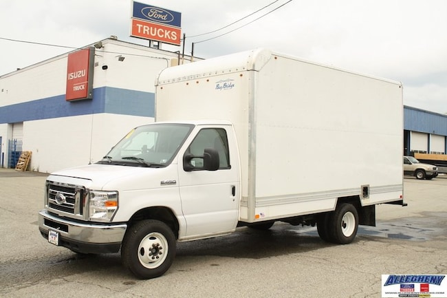2016 Ford Econoline Commercial Cutaway E-450 Super Duty 158 DRW