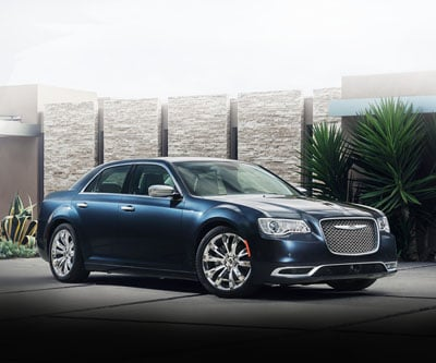 2016 Chrysler 300 vs. Cadillac CTS | Chrysler Dealer Nashua NH