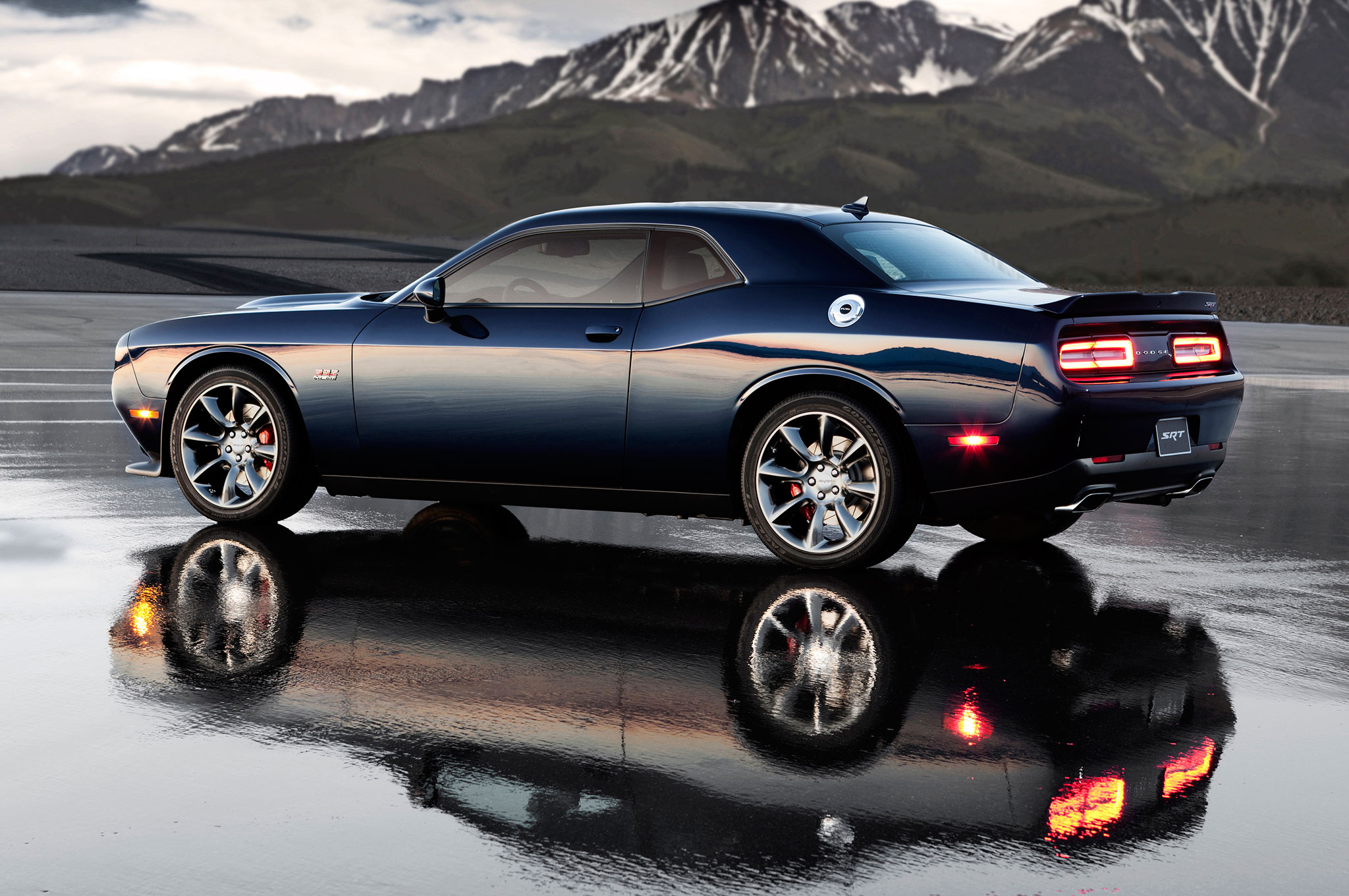 Lifetime Powertrain Warranty >> Allen Mello Dodge Dealer | 2015 Dodge Challenger vs 2015 Chevy Camaro