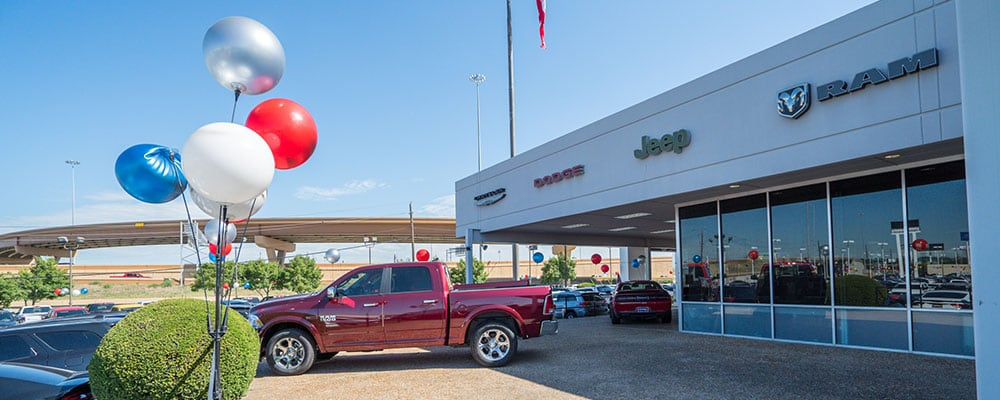 Elegant Chrysler Dodge Jeep RAM Dealership Serving Fort Worth