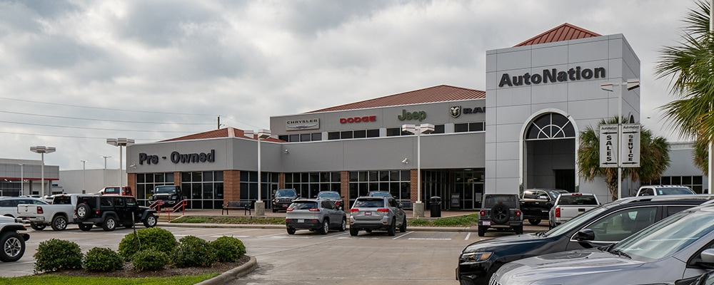 Exterior view of Autonation Chrysler Dodge Jeep Ram Katy during the day