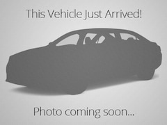 2016 Volkswagen Jetta FWD, Big backseat and trunk, Fuel-efficient! Sedan