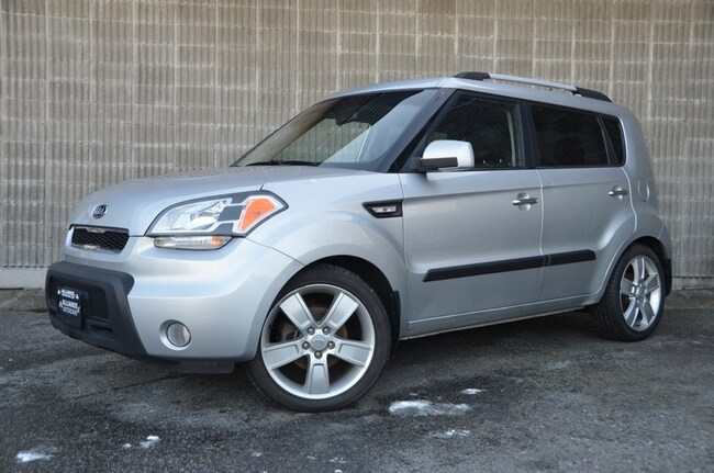 2011 Kia Soul Local Vehicle, No Accidents, Great Gas Mileage!! Hatchback