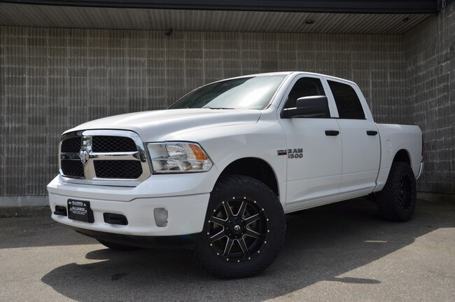 2014 Ram 1500 Bluetooth! Voice Command! Heated Mirrors! Truck