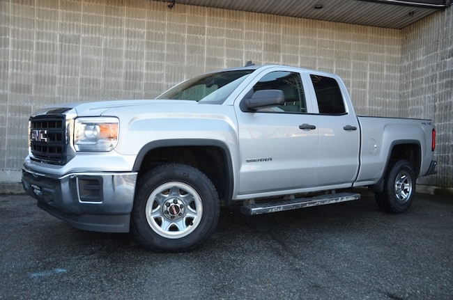 2014 GMC Sierra 1500 4WD! No Accidents! Local Car! Truck