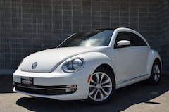 2015 Volkswagen Beetle Bluetooth! Sunroof! Leather Interior! Hatchback