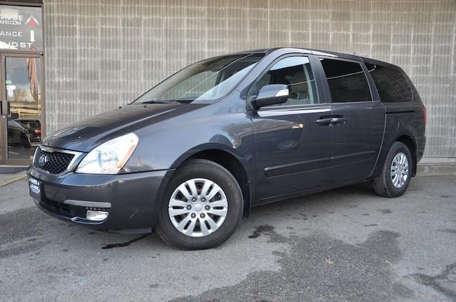 2014 Kia Sedona LX - Bluetooth/Removable Second Row Seats! Van