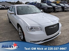 New 2019 Chrysler 300 LIMITED Sedan Denham Springs, LA