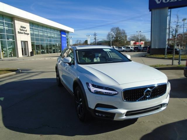 New 2018 Volvo V90 Cross Country in Baton Rouge, LA