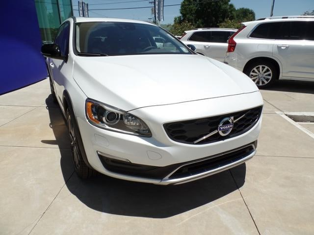 New 2017 Volvo V60 Cross Country in Baton Rouge, LA