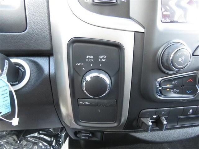New 2018 Ram 3500 SLT CREW CAB 4X4 8' BOX For Sale