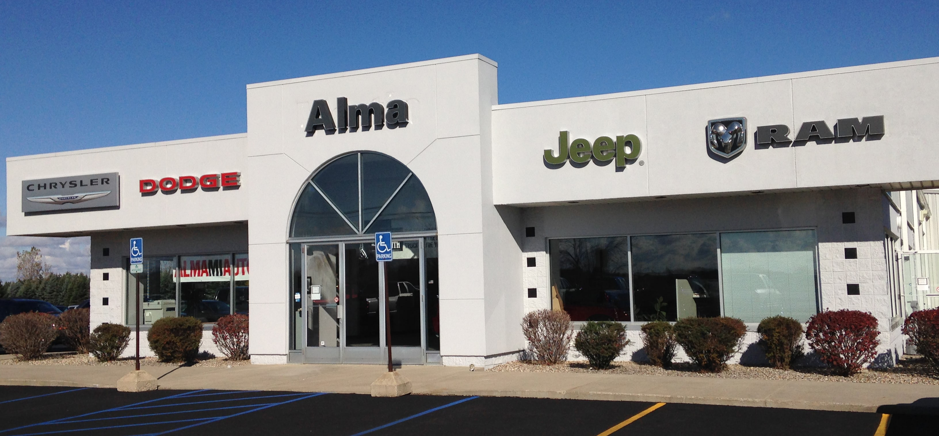 about alma chrysler jeep dodge ram new used car dealer in mid michigan. Black Bedroom Furniture Sets. Home Design Ideas
