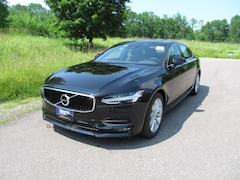 New 2019 Volvo S90 T6 AWD Momentum Sedan near Burlington