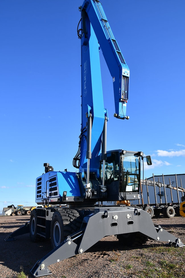 2018 FUCHS MHL 350 F2 HD Millyard Loaded Service weight: 38 tonnes