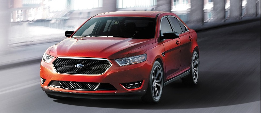 2016 Ford Taurus near Arlington Heights