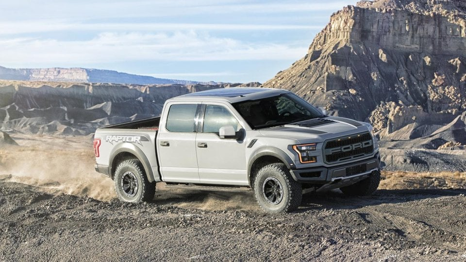 2017-ford-f-150-raptor-supercrew-avalanche