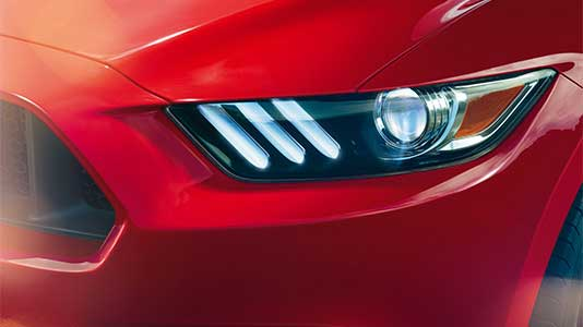2016 Mustang Convertible HID headlamps with signature lighting