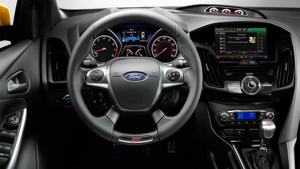 2015-ford-focus-interior.jpg