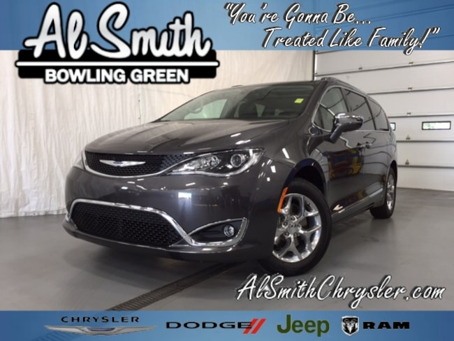New 2018 Chrysler Pacifica LIMITED Passenger Van Bowling Green OH