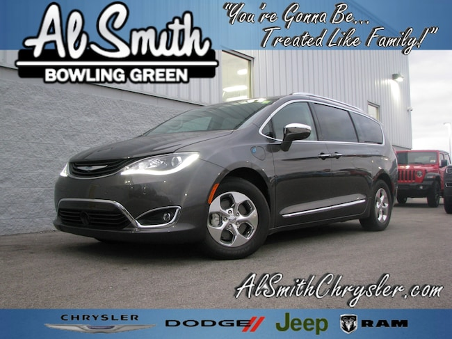 New 2018 Chrysler Pacifica Hybrid LIMITED Passenger Van Bowling Green OH