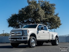 2018 Ford Super Duty F350 Limited Truck Crew Cab