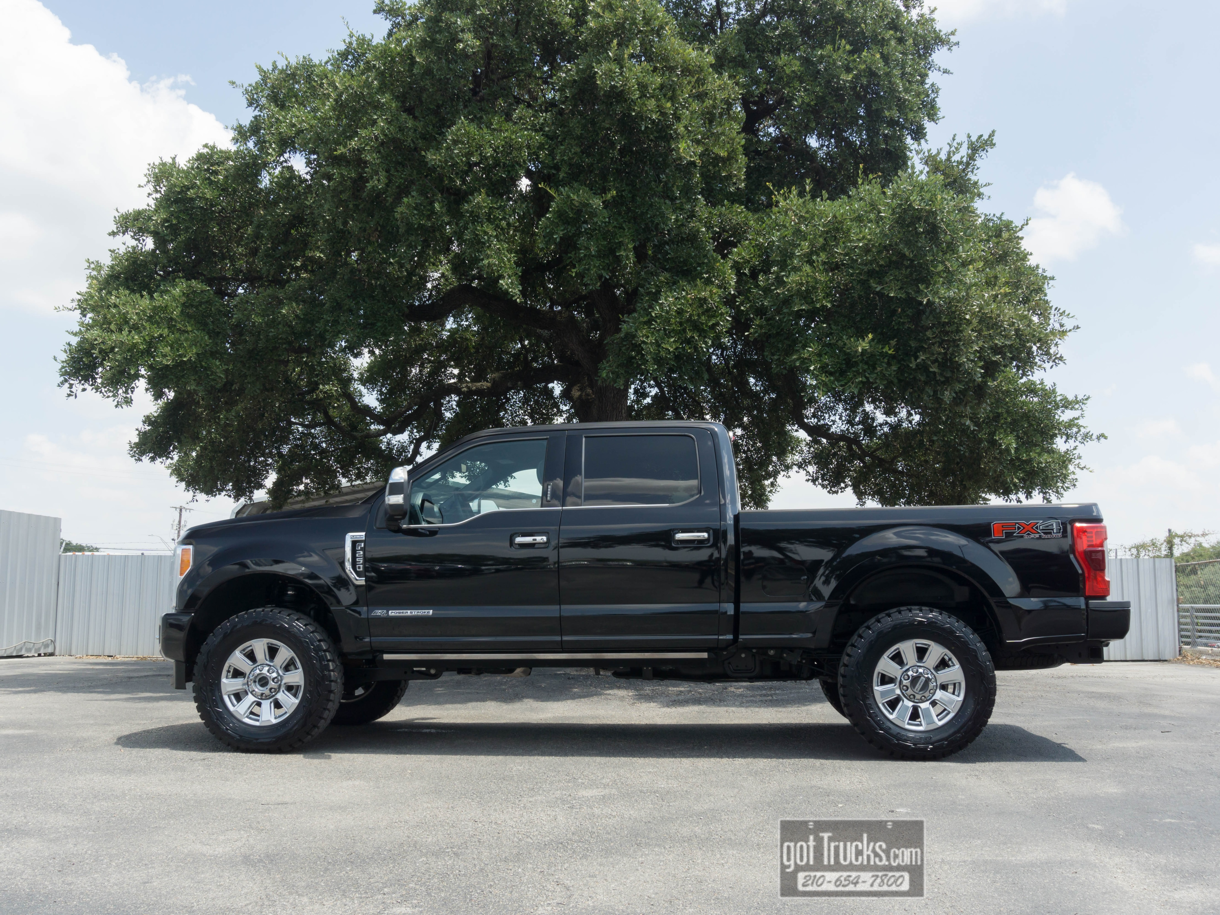 Used 2018 GMC Sierra 2500HD For Sale at American Auto Brokers | VIN:  1GT12UEY7JF260656