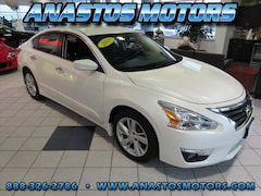 Used 2015 Nissan Altima for sale in Kenosha